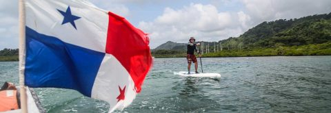 DISCOVER PANAMA ON A STAND UP PADDLE BOARD